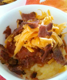 Cheesy Grits with Salsa and Bacon