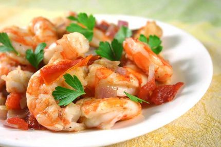 Garlic and Tomato Roasted Shrimp