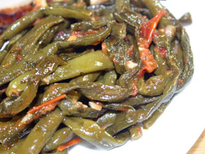 Yard-Long Beans with Tomato, Ginger and Chile