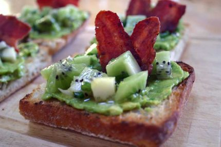 Avocado Toasties with Kiwifruit Salsa and Bacon