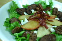 Buffalo Bratwurst Salad with Apples and Candied Pecans