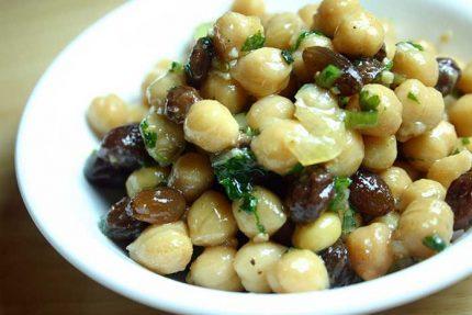 Chickpea Raisin Salad