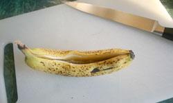 Grilled Banana Split - cutting banana