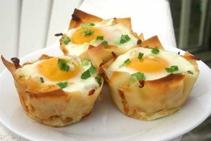Baked Eggs in Wonton Cups