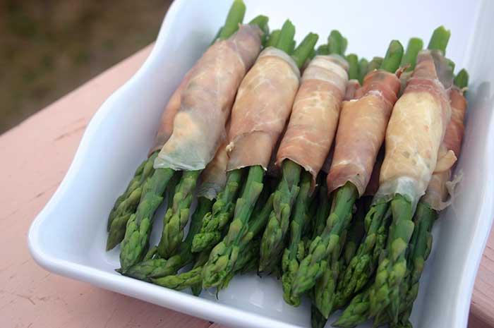 Asparagus Prosciutto Bundles | diabeticfoodie.com