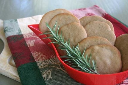 Olive Oil Cookies with Rosemary and Red Wine