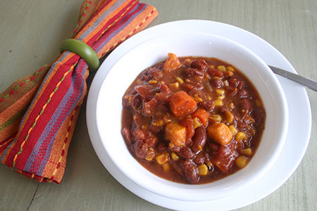 Vegetarian Chipotle Chili (Slow Cooker)