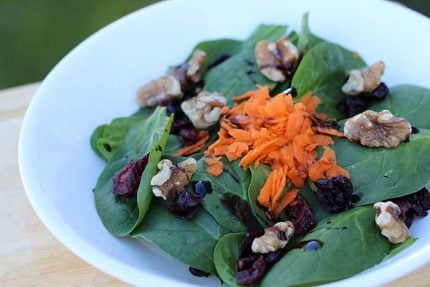 Spinach Salad with Cranberries and Walnuts