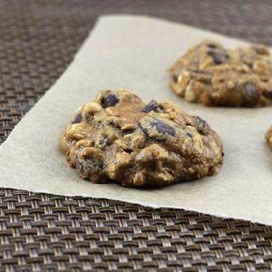 Dark Chocolate Chip Muesli Cookies