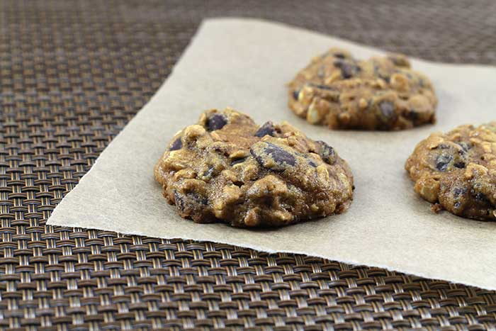 Dark Chocolate Chip Muesli Cookies