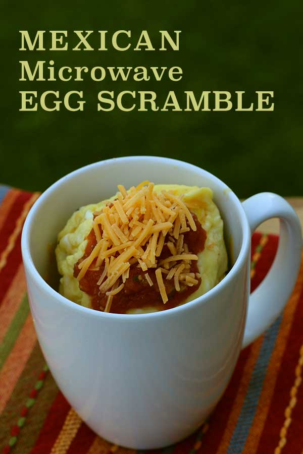 Mexican Microwave Egg Scramle - quick breakfast on-the-go | diabeticfoodie.com