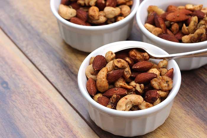 Italian Herbed Nuts