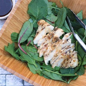 Healthy Lunch Day: Chicken Kale Salad with Ginger Dressing