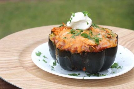 Chicken Enchilada-Stuffed Acorn Squash
