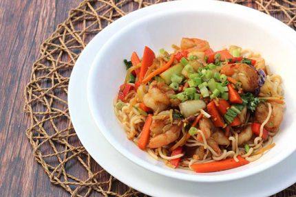 Shirataki Noodles with Shrimp Stir-Fry