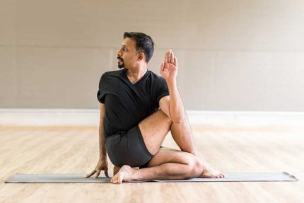 Yoga Poses to Ease Diabetes Symptoms and Promote Healthy Eating