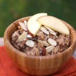 Slow Cooker Oats with Apples and Almonds
