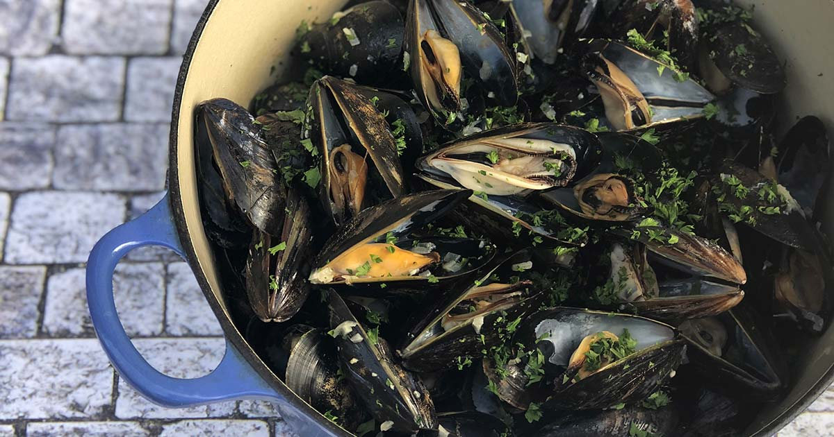 Mussels in White Wine Sauce (Moules