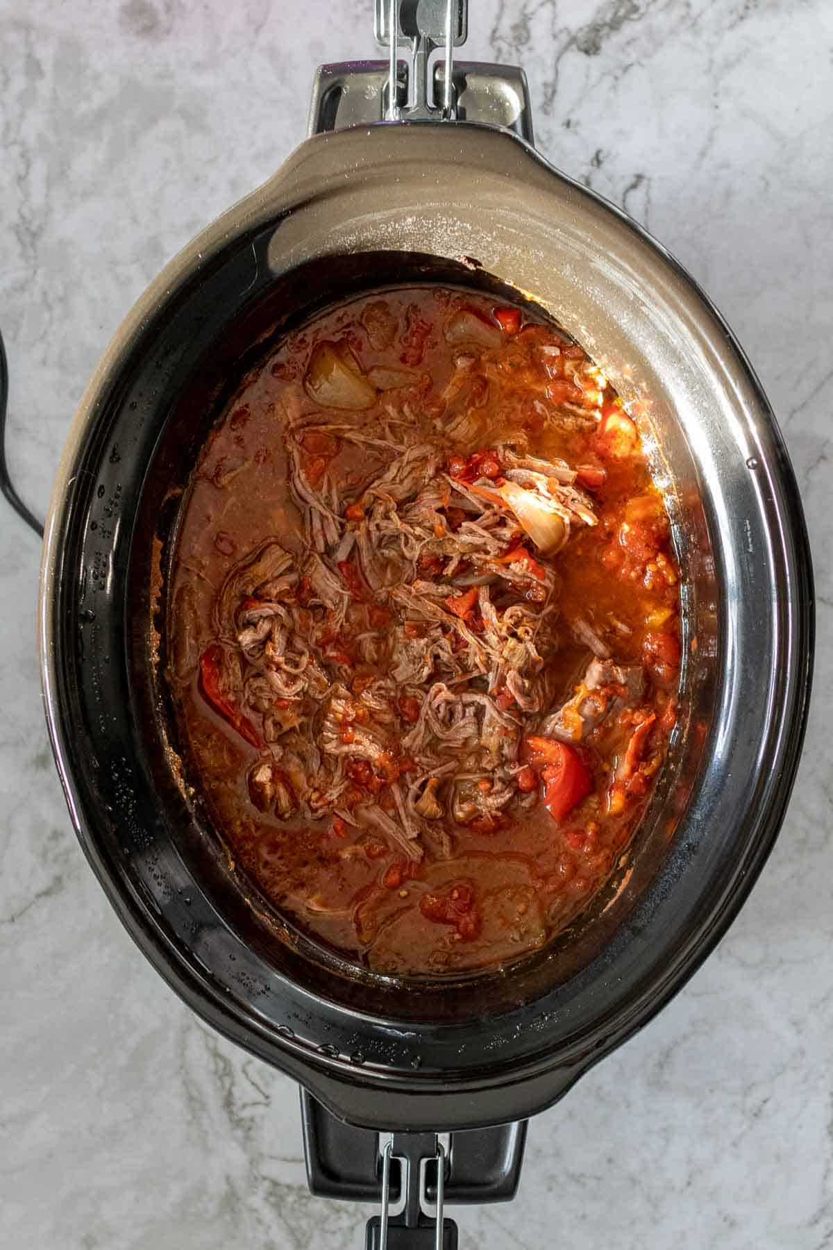 Shredded beef in the slow cooker